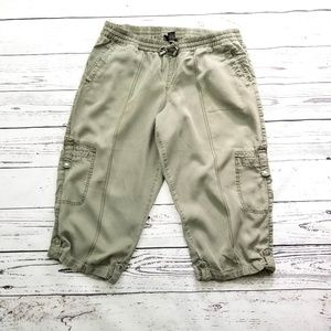 Lane Bryant army olive green cargo cropped pants